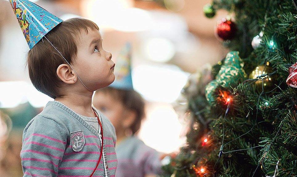 Стоит ли идти с ребенком на Новогоднее представление?